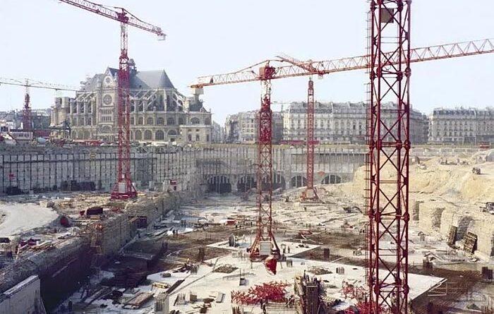 Острая нехватка рабочей - серьезная угроза для экономики Франции