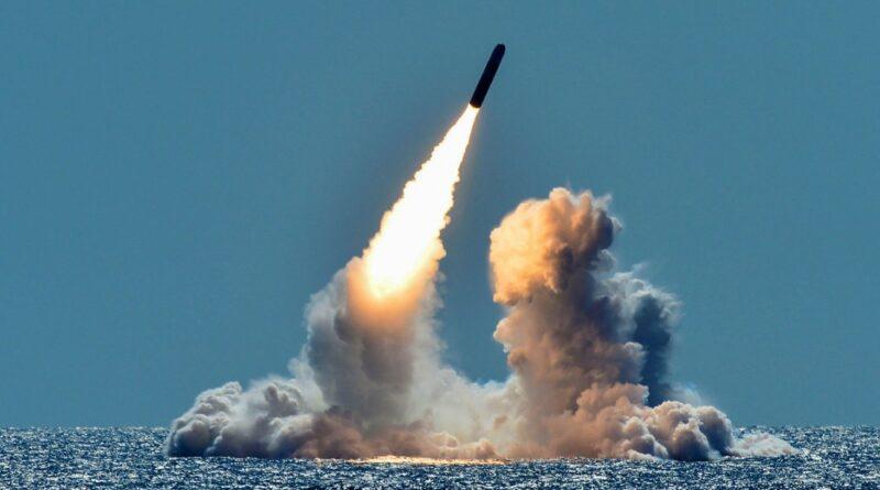 Південна Корея випустила балістичну ракету з підводного човна
