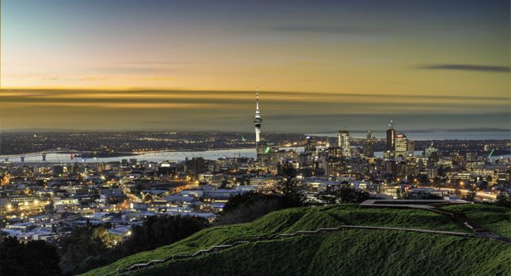 Нова Зеландія переосмислює суворі заходи по боротьбі з COVID