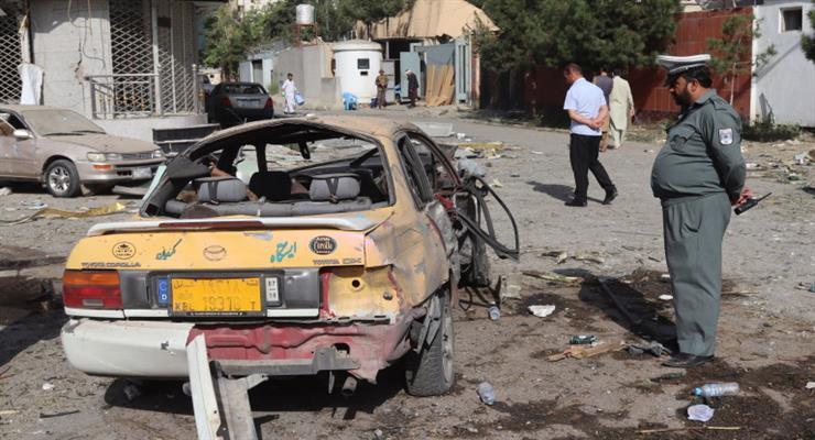 Близько 100 людей загинули і кілька десятків отримали поранення в результаті потужного вибуху в мечеті в Афганістані