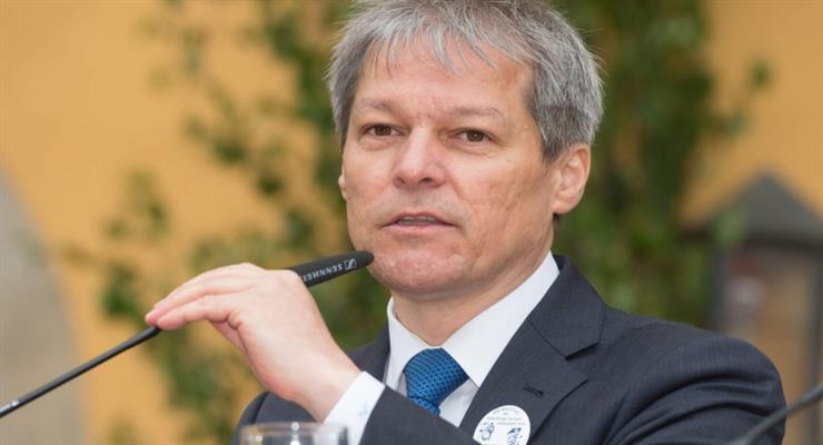 Президент Румунії призначив Дачіа Чолош прем'єр-міністром
