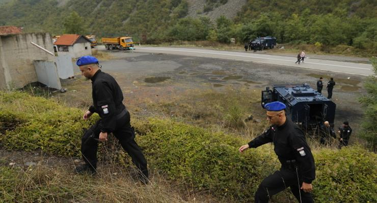 В ході зіткнень в Косово було поранено серб і шість поліцейських
