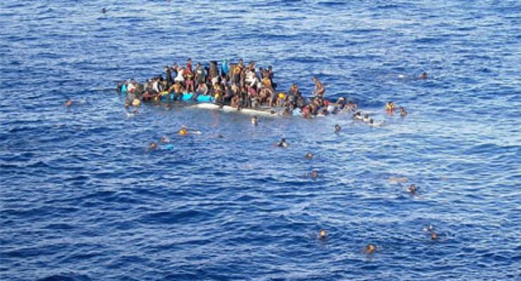 Мігранти загинули і пропали безвісти після аварії корабля біля берегів Іспанії