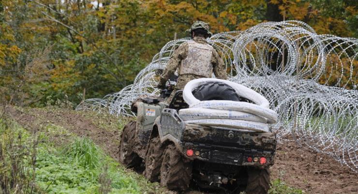 Польща майже вдвічі збільшила чисельність військ на кордоні з Білоруссю