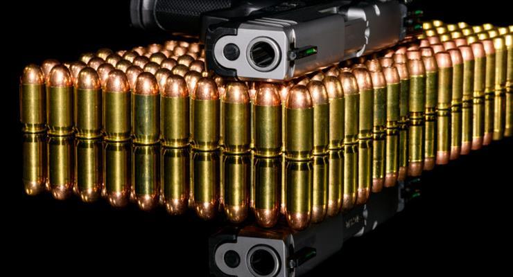 Петиція про заборону зброї зібрала 18000 підписів після інциденту з Болдуином