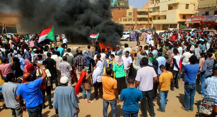 Військовий переворот в Судані, заарештований прем'єр-міністр