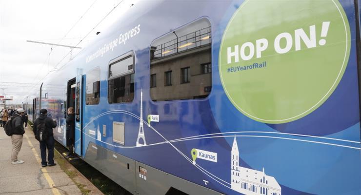 Грінпіс закликає Європу використовувати поїзди, а не літаки