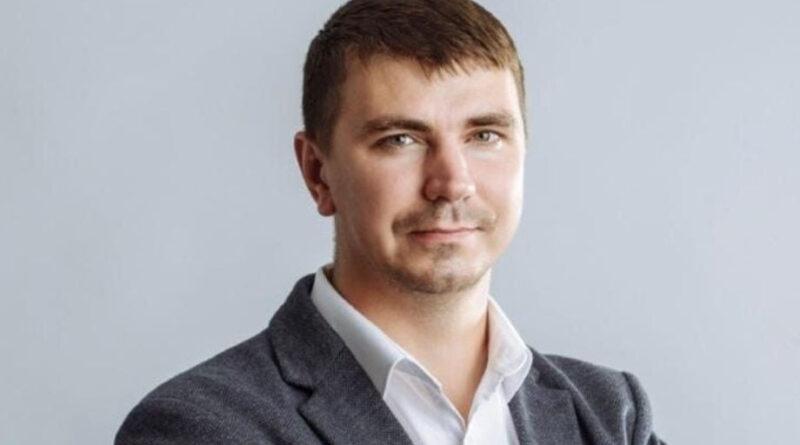 Депутат Антикорупційної комісії України помер в таксі