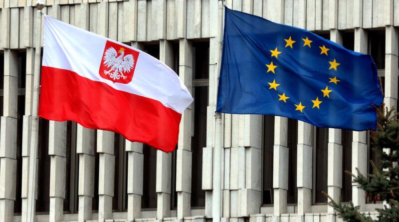 Уряд Польщі хоче вивести країну з ЄС